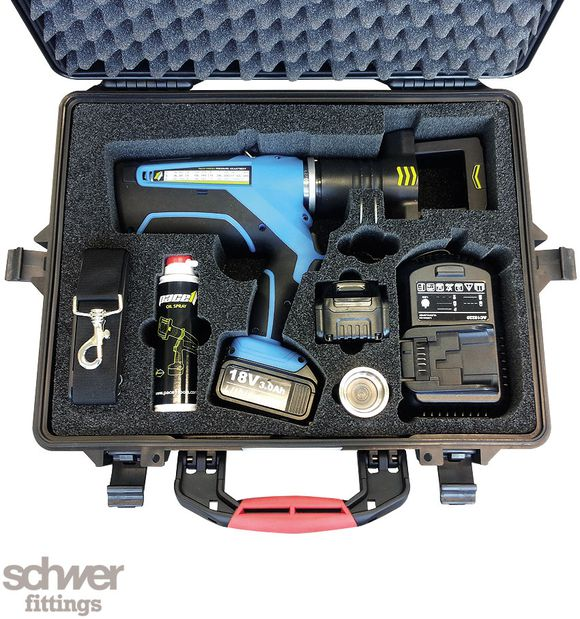 Hand-Vormontagegerät Pace1Press, Koffer-Set - Pace1Press Vormontagegerät, 2x 18,0 V Li-Ion Batterie, Ladegerät, Schultergurt, Koffer, Öl-Spray